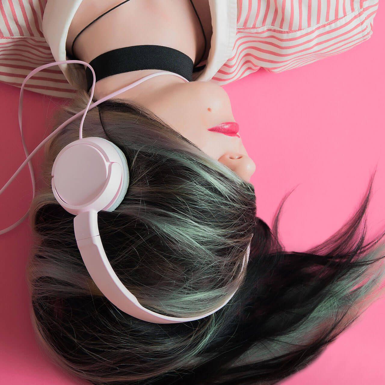 JBL's Everest 700 Elite New, Affordable Wireless Headphones
