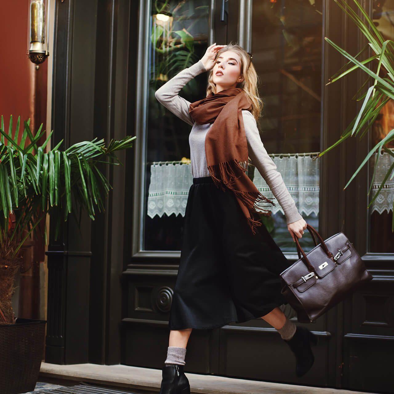 "Designer handbags: purses by ""Cavali and sons"""
