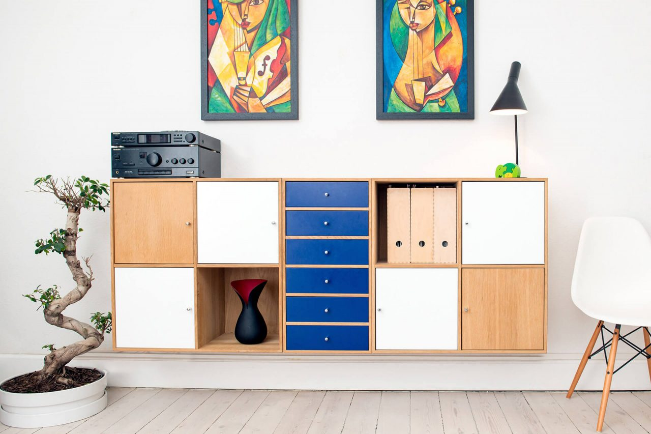 https://val.bold-themes.com/pink-demo/wp-content/uploads/sites/9/2018/06/chest_of_drawers-1280x853.jpg