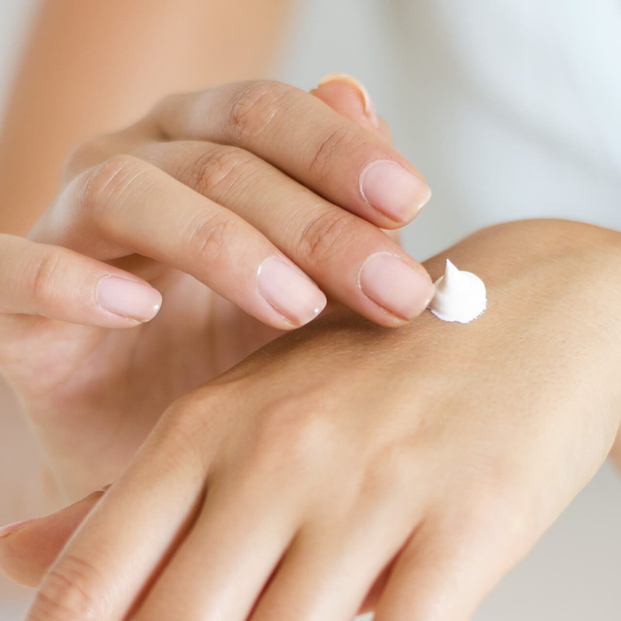 Recipes: Non-Greasy Hand & Body Cream with Skin Type
